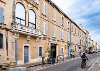 Théâtre du Balcon vu depuis la rue Guillaume Puy